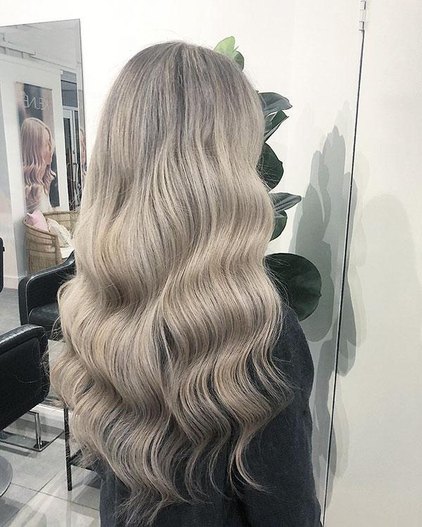 Long Wavy Hairstyles 2021